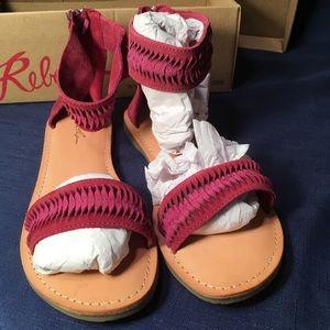 "Rebels ""Tina"" sandal Fuschia"